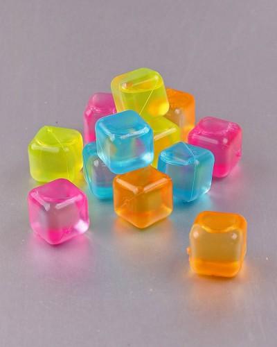 Renkli Plastik Buz Küpü